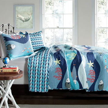 Lush Decor C21897P14-000 Sea Life Blue Three-Piece Full/Queen Quilt Set - (In No Image Available)