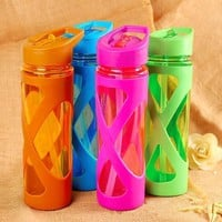 580ml Plastic Water Bottle with Straw