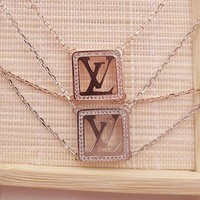 LV Louis Vuitton Fashion Women Men Simple 925 Silvery Letter Bracelet Hand Catenary I12638-1