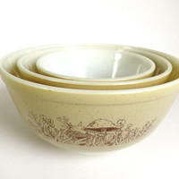 Pyrex Mixing Bowl Set Forest Fancies with Mushrooms