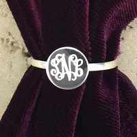 Round Sterling Silver Engraved Monogram Ring pictured Interlock Monogram Font 08118