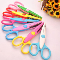 Free Shipping 2015 New Arrival High Quality Decorative Paper Edger Sewing Scissors Scrapbook Crafts Album Photos DIY T210