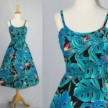 Vintage 80s Hawaiian Dress Pin-up Halter Sun Dress Beautiful Floral Print VLV Tiki Oasis