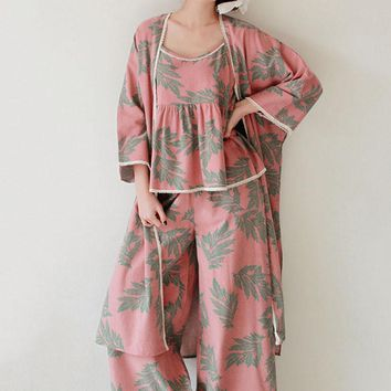 Pijamas New 2017 Women Pajama Sets Cotton Sleepwear Lounge Wear O-neck Floral Three-piece Sets Women Leisure Homewear