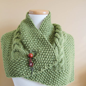 Scarf Cowl Neckwarmer green Cozy Warm Wool Hand Knit with brooch