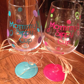 Personalized Wine Glass, Custom Wine Glass, Mom Wine Glass, Wine Glass Gift