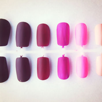 Shades of Pink Matte Ombre Nails - Set of 24