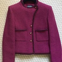 NEW AUTHENTIC CHANEL Burgundy Wool Tweed Jacket with 4 CC Logo Buttons Size 44