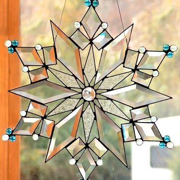 Stained Glass Star / Snowflake  - The Stars of Today 1 Suncatcher