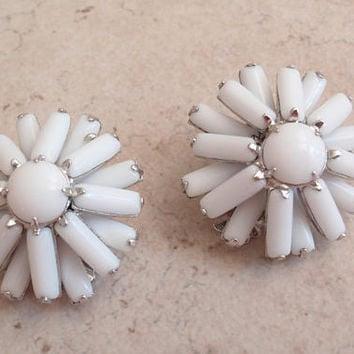Weiss Milk Glass Earrings White Clip Ons Baguettes Layered Floral Vintage 040517BT