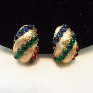 Crown Trifari Moghul Jewels of India Earrings Red Green Blue Glass Cabochon Gold Plate Clip On