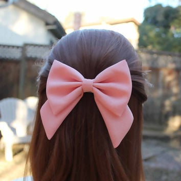 "4.5"" light salmon pink hair bow, fabric hair bow with tails, big hair bow, solid color hair bow, kids pink hairbow clips, girls bow barrette"