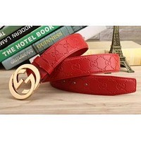 Red leather Gucci belt