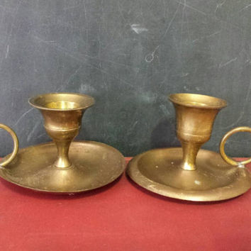 Brass Chamberstick Pair Candle Holders Handle Finger Loop Vintage Lot Of Two Aged Patina Altar Home Holiday Decor Portable Candlesticks