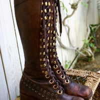 Vintage 70s Brown Lace Up Bohemian Hippie Campus Boots Size 7.5