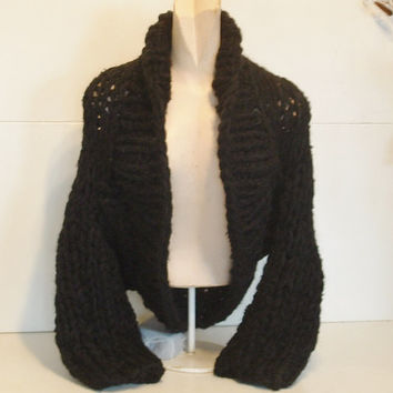 Super chunky shrug hand knit crop cardi cardigan sweater shawl collar long sleeves medium large women in black