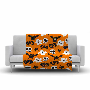 "KESS Original ""Spooktacular"" Halloween Pattern Fleece Throw Blanket"