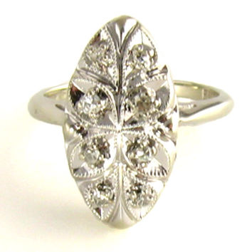 Vintage Diamond Ring: with Flowers and Diamonds