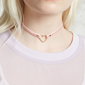 Velvet Heart-Ring Choker