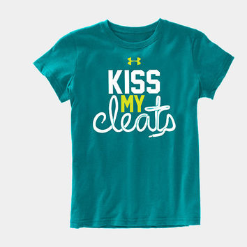 Girls' UA Kiss My Cleats Graphic T-Shirt | 1249505 | Under Armour US
