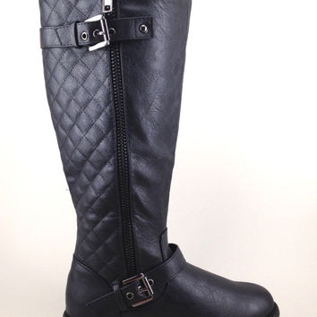 Black Boot with Quilt Design and Buckle Details