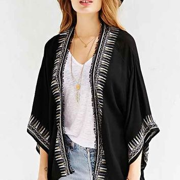 Ecote Embroidered Kimono Jacket- Black & White