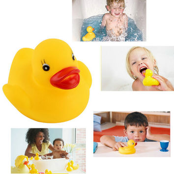 Hot Funny baby bath toys Soft Rubber Squeaky Ducky Animal Toy Safety Baby Bath Tub Toy Hot Selling
