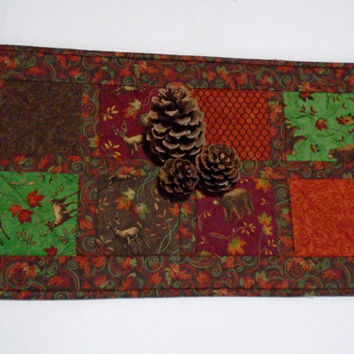 Country Quilted Table Runner, Fall Winter Quilted Table Topper, Rustic Woodland Cabin Runner, Turning Fall Leaves, Forest Animals Runner