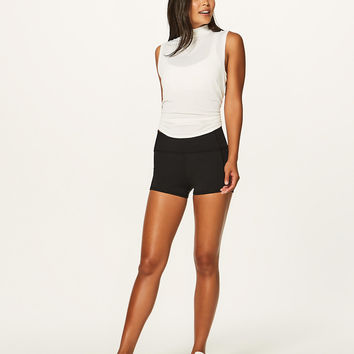 In Movement Short *Everlux 2.5"