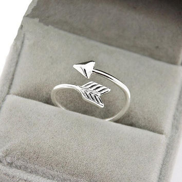 Fashion Arrow Rings