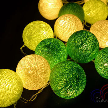 Bright Green Tone Light Bedroom Decorate Garland Christmas Light Cotton Balls Hanging Fairy Lights Patio Holiday (20 Lights/Set)