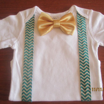 Boy christmas Onesuit, Boy green chevron suspender outfit,  boy chevron bow tie outfit, Baby boy Christmas outfit, boy green chevron Onesuit
