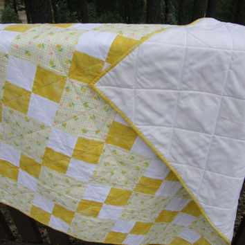 SUNNY YELLOW Flannel Baby Quilt
