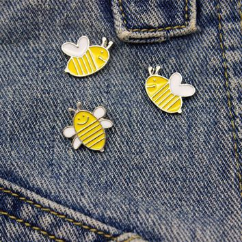 Trendy Cute Bee Pins Set Yellow Enamel Pins And Brooches For Women Kids Jewelry Shirt Hat Pin Up Silver Brooch Denim Jacket Bag Badge AT_94_13