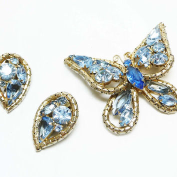 Rare Weiss Butterfly Set - Blue Brooch & Earring Demi Parure with Light - Medium Blue Rhinestones in Goldtone Setting - Mid Century Jewelry
