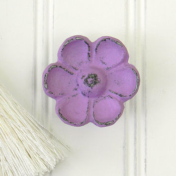 Dresser Knob, Drawer Knob, Cabinet Knob, Dresser Hardware, Decorative Knobs, Cast Iron Knobs, Flower Knob, Flower Drawer Pull, Unique Knobs