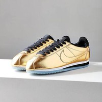 Nike Classic Cortez Metallic Leather Sneaker | Urban Outfitters