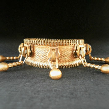zipper bracelet, hand painted gold, unique and eccentric, vintage zippers , with YKK Zipper , eco friendly, recycled jewelry