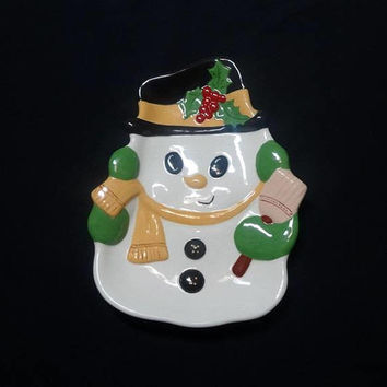 1980s Vintage Ceramic Snowman Serving Dish, Hand Painted, 10.25 x 8 In., Christmas Holiday Decorating Dish, Christmas Home Decor Candy Dish