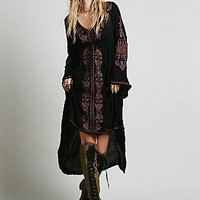 """Free People"" Fashion Deep V-Neck Retro Ethnic Embroidery Loose Long Sleeve Irregular Maxi Dress"