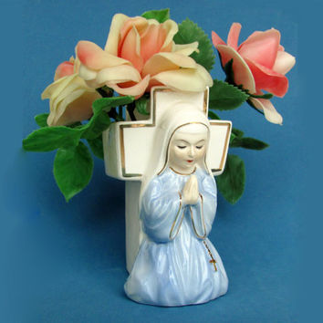 Napco Praying Nun Ceramic Vase Figural Planter 2027 Easter Decor 1950s 1960s