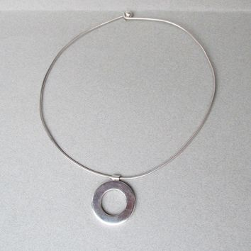 Vintage Modernist Sterling Silver Solid Omega Collar Necklace with Circle SLIDE Pendant