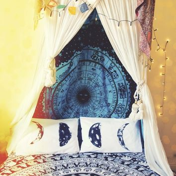 Shining Star Astrology Bed Throw & Wall Hanging.