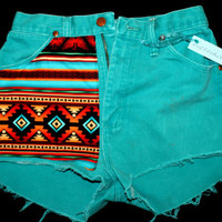 "27"" Vintage High Waisted Aztec Shorts"