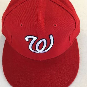 WASHINGTON NATIONALS MLB RETRO NEW ERA 5950 RED W/ GREEN UNDER FITTED HAT