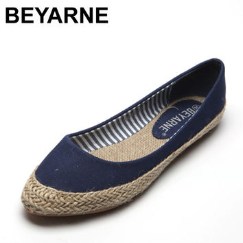 BEYARNE plus size 41 new women comfortable cavans flat casual shoes fashion nurse officer driver lazy loafer shoes pp straw shoe