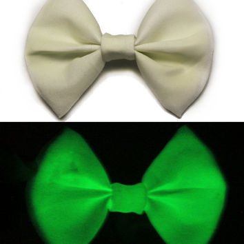 Glow in the Dark Hair Bow