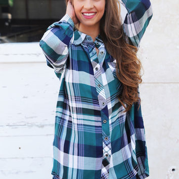 Lounge Days In Plaid