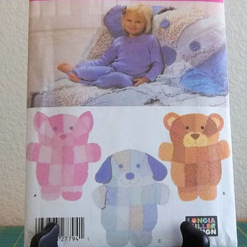 Simplicity Pattern 4993, Rag Quilt Wall Hanging, Rag Quilt Throw, Cat, Bear, Dog Rag Quilt, Uncut, Longia Miller Design