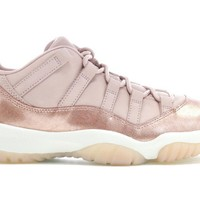 Jordan Retro 11 (Womens) Low Rose Gold